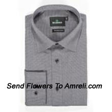 "productBlackberrys-Mens Full Sleeves Formal Stripes Shirt. Established In 1991. Blackberrys Is One Of The Leading Formal Wear Brands In India.. (You Can Mention Size Required In The ""Special Request To Florist"" Column Which Will Appear During The Shopping Process Otherwise Standard Size Shirt ""40"" Will Be Delivered.)"