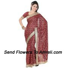 Set New Standards In Glamour with This Beautiful Saree