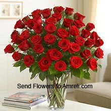 36 Red Roses In A Vase With Fillers