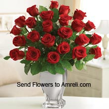 product18 Red Roses In A Vase