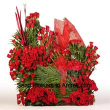 Beautiful Arrangement Of 500 Red Roses With Fillers