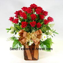 product12 Red Roses In A Vase