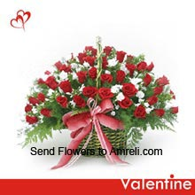 productBeautiful Arrangement of 100 Red And White Roses