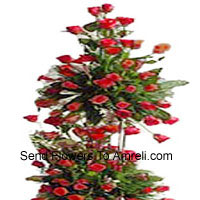 product4 Feet Tall Arrangement Of 300 Red Roses