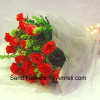 productBunch Of 12 Red Roses With Fillers