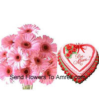 12 Daisies In A Vase With A 1 Kg (2.2 Lbs) Heart Shaped Strawberry Cake