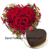 productHeart Shaped Arrangement Of 40 Red Roses Along With 1 Kg Heart Shaped Chocolate Cake
